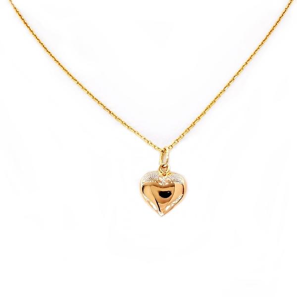 arany nyaklánc medállal