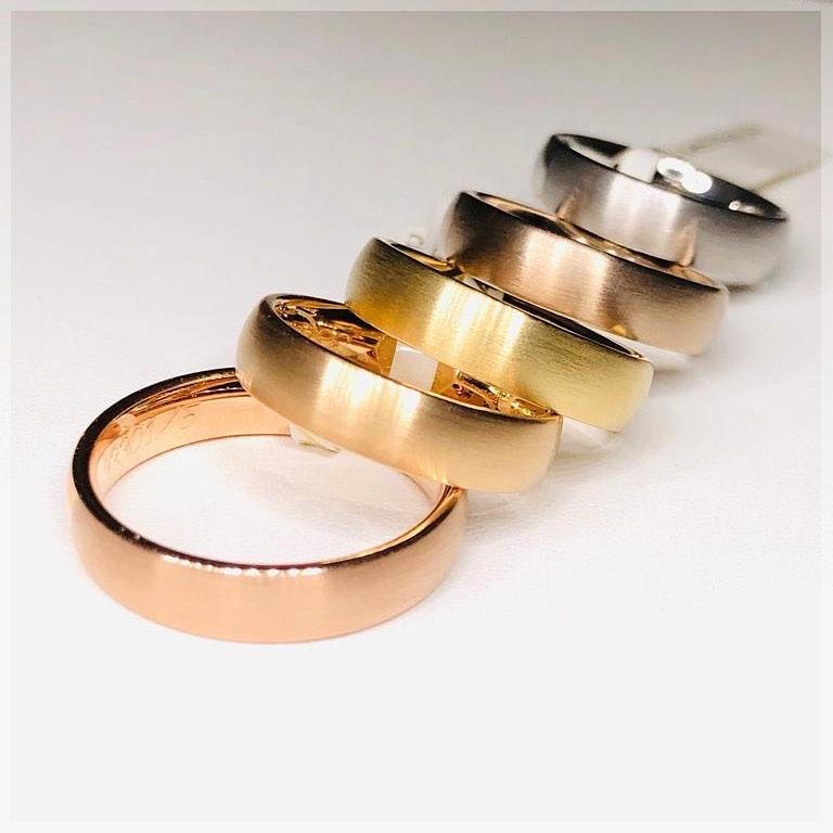 többszínű arany karkagyűrű